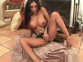 Priya On Fire HD