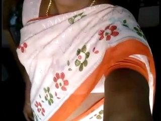 Village wife from Bihar takes nude selfies