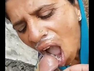 bhabhi ki testi Chatni part 1